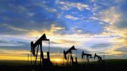 Нефть падает в цене два дня