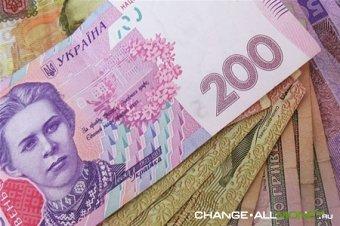 В Украине после выборов гривна обесценится на 20%