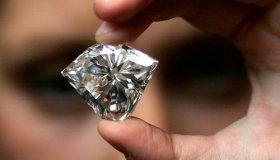 Минфин разрешит легальную интернет-торговлю бриллиантами